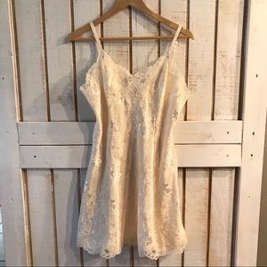 Vintage Victoria's Secret Lacey night gown Large